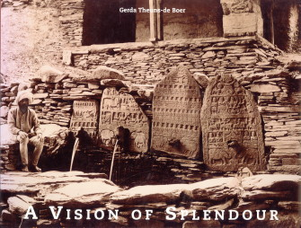 Afbeelding van tweedehands boek: THEUNS-DE BOER, GERDA-A vision of splendour. Indian heritage in the photopraphs of Jean Philippe Vogel  1901 - 1913